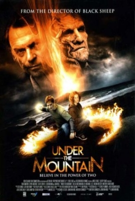 Под горой / Under the Mountain (2009/DVDRip) онлайн